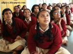 INDIAN SCHOOL GIRLS -46113131