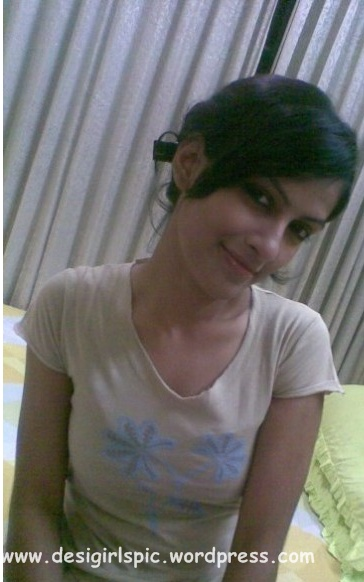 Mumbai School Girl Photo  Indian And Pakistani Desi Girls -9205