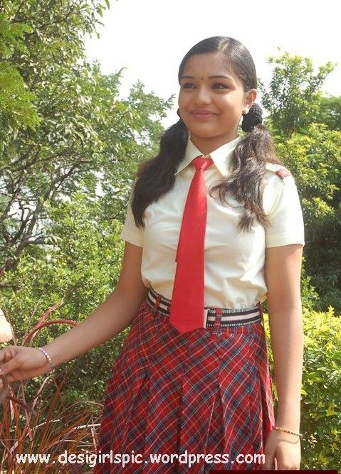 Mumbai School Girl Photo  Indian And Pakistani Desi Girls -6508